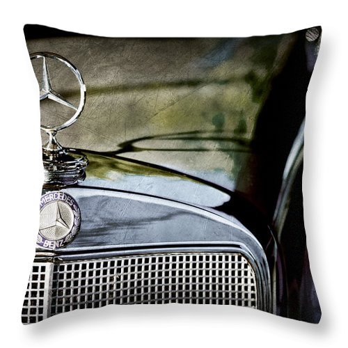1960 Mercedes-benz 220 Se Convertible Hood Ornament Throw Pillow featuring the photograph 1960 Mercedes-benz 220 Se Convertible Hood Ornament by Jill Reger