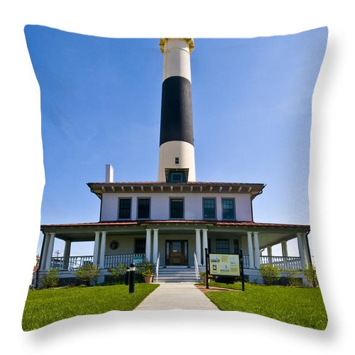 Absecon Lighthouse Throw Pillow featuring the photograph Absecon Lighthouse by Anthony Sacco