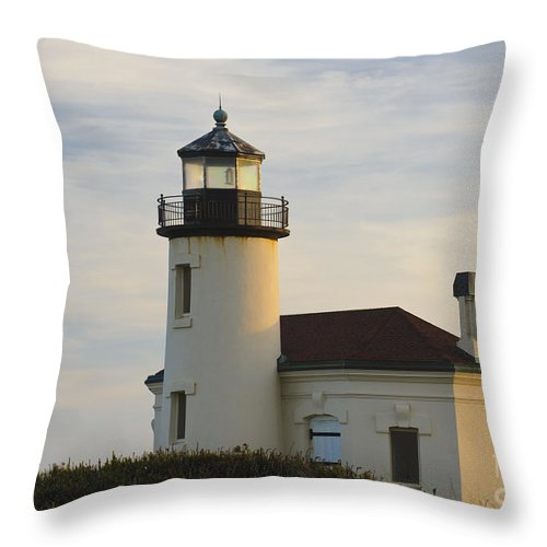 Bandon Throw Pillow featuring the photograph Coquille River Lighthouse by John Shaw