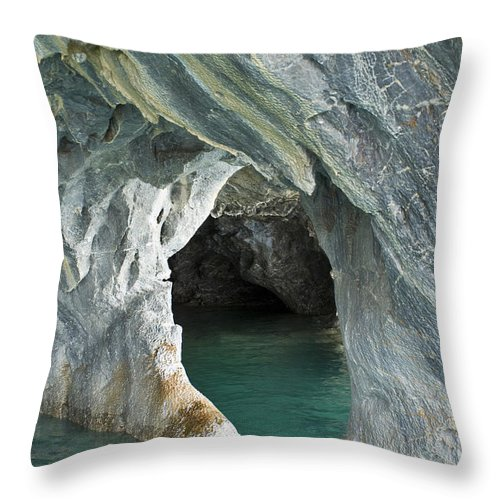 Catedral De Marmol Throw Pillow featuring the photograph Eroded Marble Shoreline by John Shaw