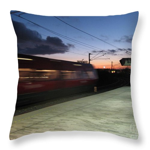 Train Throw Pillow featuring the photograph Fast Train by Susanne Baumann