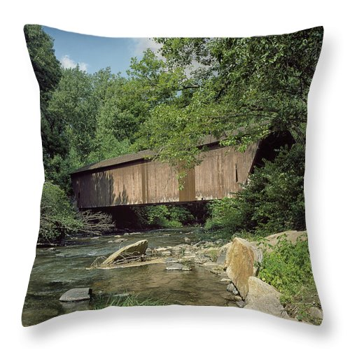 Baltimore County Throw Pillow featuring the photograph Memories by Mountain Dreams