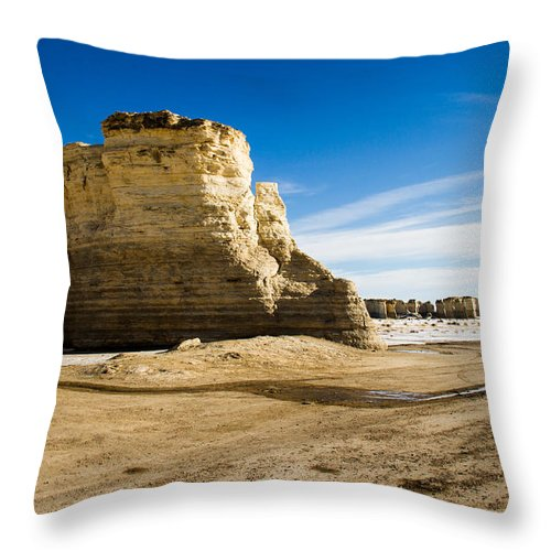 Chalk Pyramids Throw Pillow featuring the photograph Monument Rocks Of Kansas by Ellie Teramoto