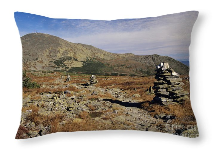 Hike Throw Pillow featuring the photograph Mount Washington - White Mountains New Hampshire by Erin Paul Donovan