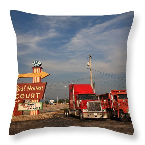 66 Throw Pillow featuring the photograph Route 66 - Rest Haven Motel by Frank Romeo