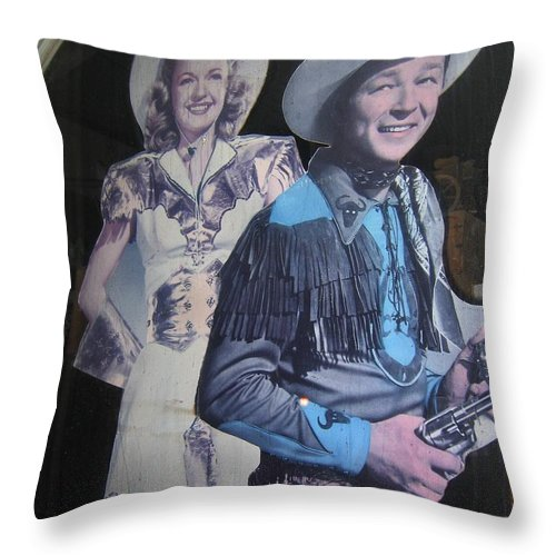 Roy Rogers And Dale Evans #2 Cut-outs Tombstone Arizona 2004 Throw Pillow featuring the photograph Roy Rogers And Dale Evans #2 Cut-outs Tombstone Arizona 2004 by David Lee Guss