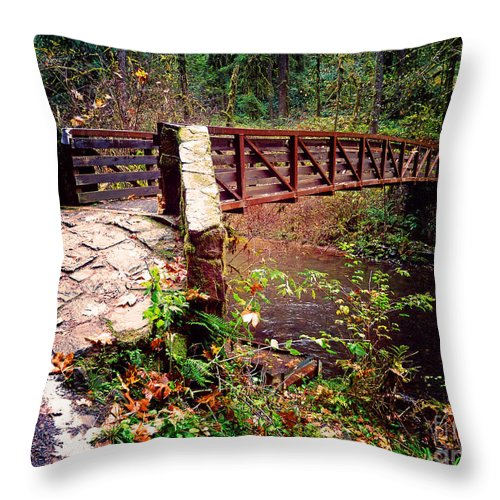 Bridge Throw Pillow featuring the photograph Silver Falls State Park by Tina Wentworth