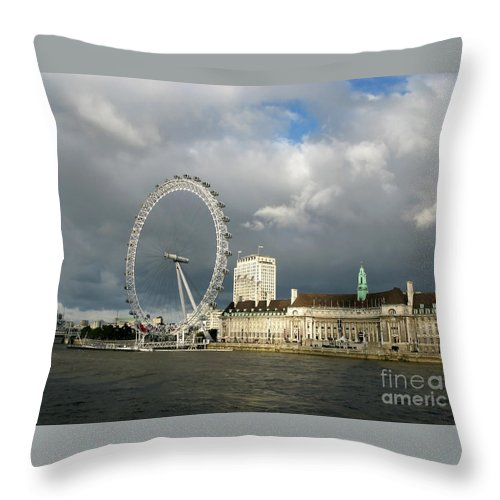London Throw Pillow featuring the photograph South Bank Illumined by Ann Horn
