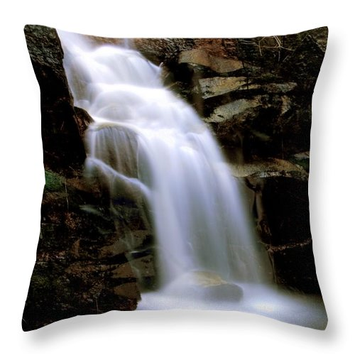 Waterfall Throw Pillow featuring the photograph Wildcat Falls by Bill Gallagher