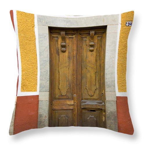 Guanajuato Throw Pillow featuring the photograph Guanajuato, Mexico by John Shaw