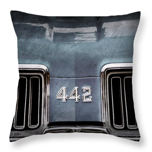 1970 Oldsmobile 442 Grille Emblem Throw Pillow featuring the photograph 1970 Oldsmobile 442 Grille Emblem by Jill Reger