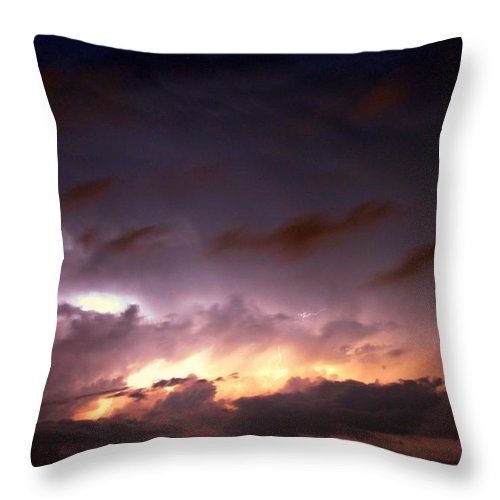 Stormscape Throw Pillow featuring the photograph Dying Storm Cells With Fantastic Lightning by NebraskaSC