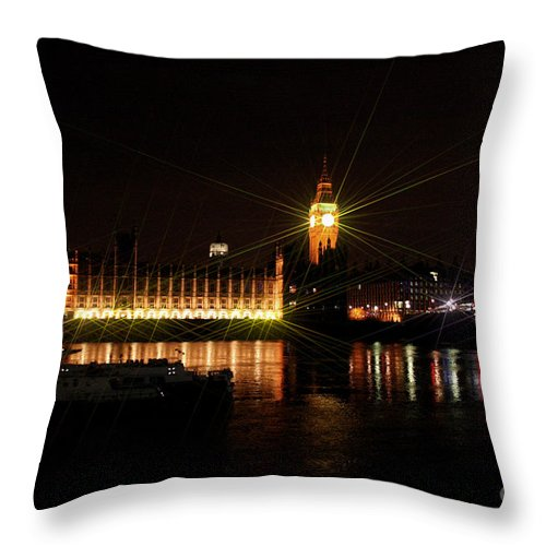 London Throw Pillow featuring the photograph Houses Of Parliament - London by Doc Braham