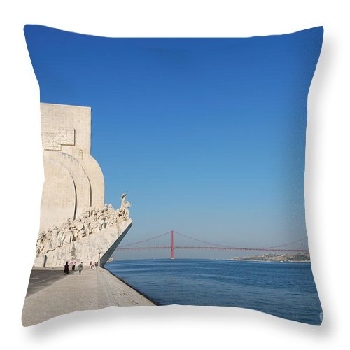 Monument Throw Pillow featuring the photograph Monument To The Discoveries In Lisbon by Luis Alvarenga