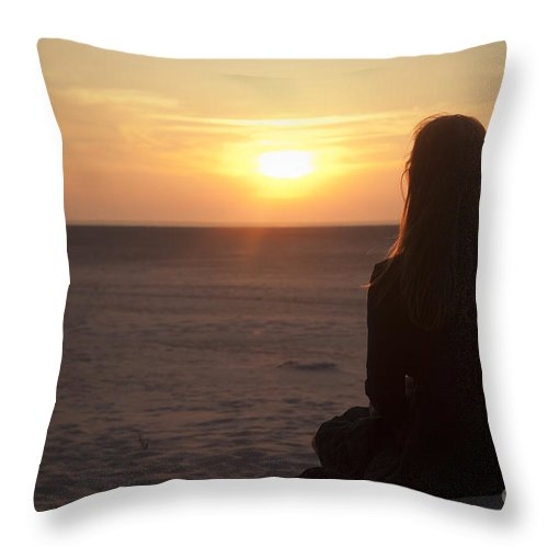 Alone Throw Pillow featuring the photograph Sunset by Maria Heyens