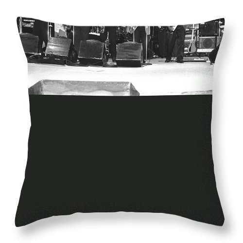 Saxophonist Throw Pillow featuring the photograph Tower Of Power by Concert Photos