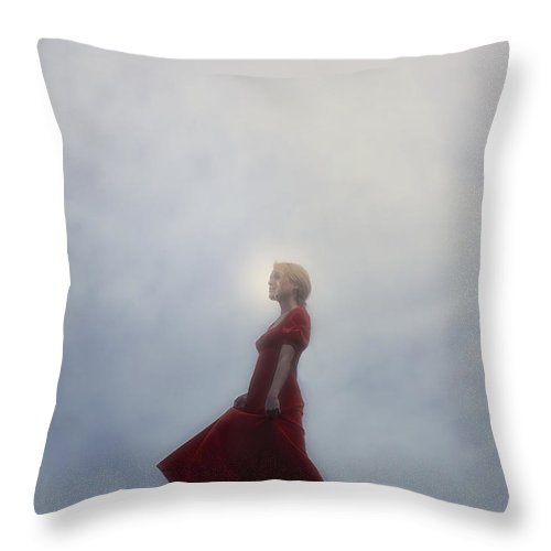 Girl Throw Pillow featuring the photograph Dancing by Joana Kruse