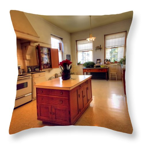 Congdon Throw Pillow featuring the photograph Glensheen Mansion Duluth by Amanda Stadther