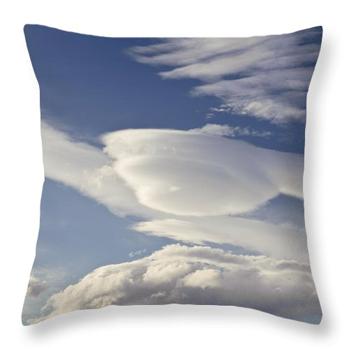 Argentina Throw Pillow featuring the photograph Lenticular Clouds by John Shaw