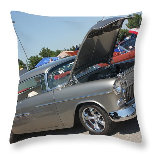 1955 Chevrolet Bel Air Throw Pillow featuring the photograph 55 Bel Air-8206 by Gary Gingrich Galleries