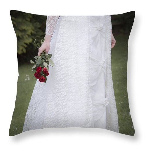 Alone Throw Pillow featuring the photograph Bride by Maria Heyens