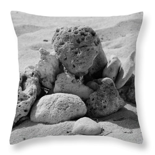 Abstract Photos Throw Pillow featuring the photograph A Coral Structure by Dave Byrne