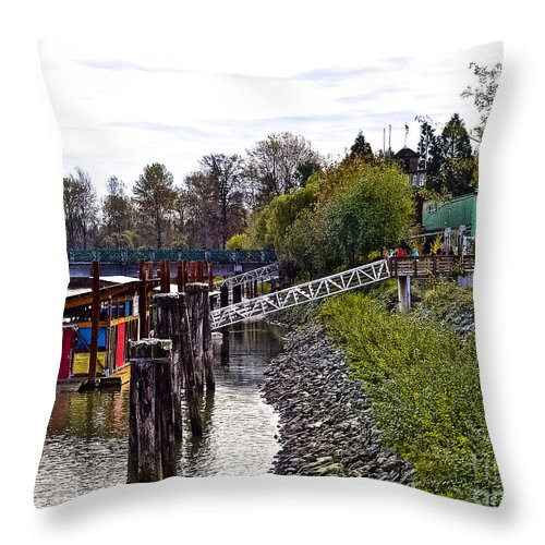 Boate House Throw Pillow featuring the photograph A2230220 Regatta by David Fabian