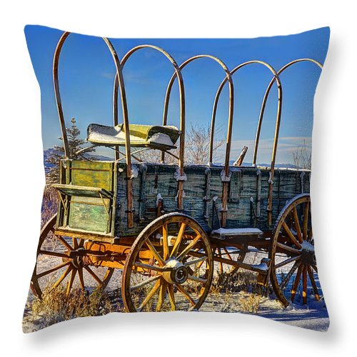 Covered Wagon Throw Pillow featuring the photograph Abandoned Covered Wagon by Ken Smith