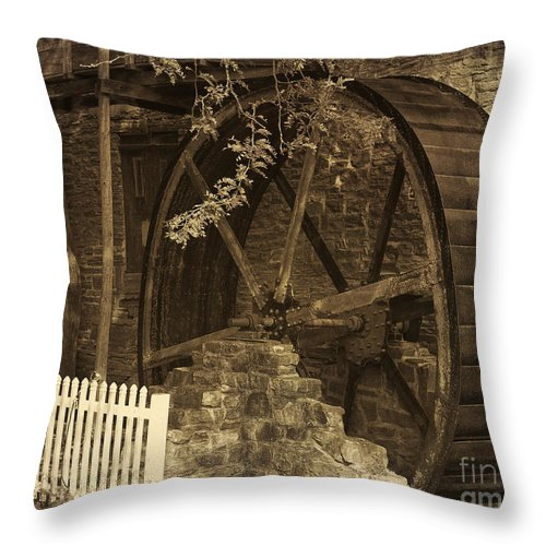 Herr's Mill Throw Pillow featuring the photograph Abandoned Waterwheel by Terry Weaver
