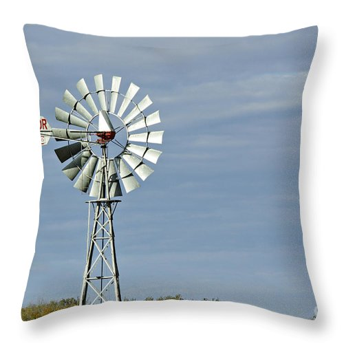 Aermotor Throw Pillow featuring the photograph Aermotor Windmill by Gary Richards