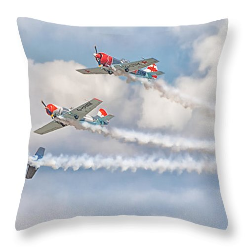 2014 Throw Pillow featuring the photograph Aerostars by Shaun Wilkinson