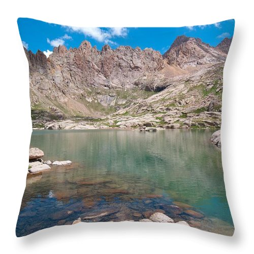 Sunlight Peak Throw Pillow featuring the photograph Alpine Lake Beneath Sunlight Peak by Cascade Colors
