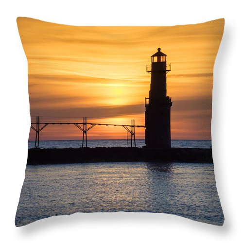 Lighthouse Throw Pillow featuring the photograph Amiable Awakening by Bill Pevlor