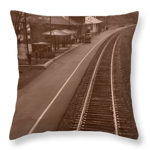 Amtrak Throw Pillow featuring the photograph Amtrak Departure by Michael Moore