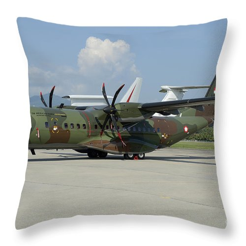 Horizontal Throw Pillow featuring the photograph An Eads Casa C-295 Aircraft by Remo Guidi