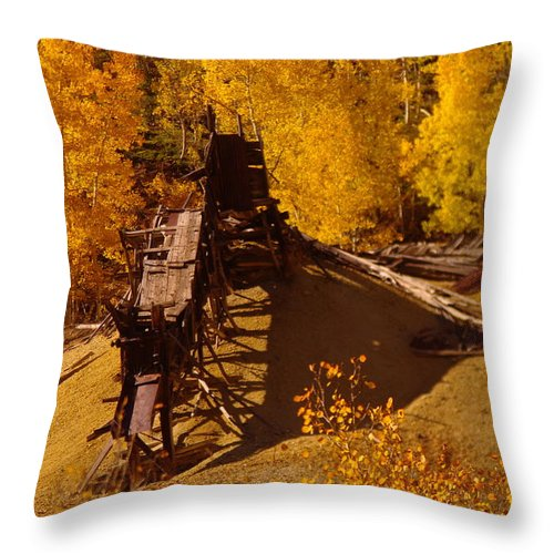Mines Throw Pillow featuring the photograph An Old Colorado Mine In Autumn by Jeff Swan