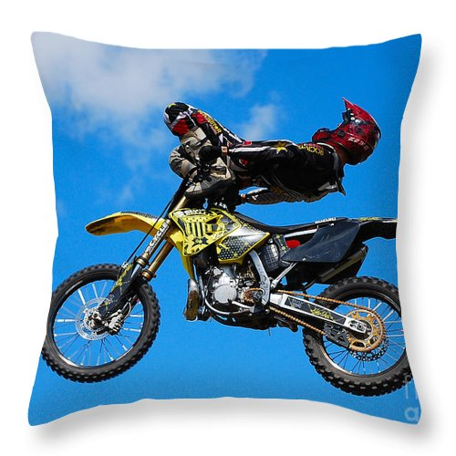Bmx Freestyle Throw Pillow featuring the photograph Ankle Grab by Mark Spearman
