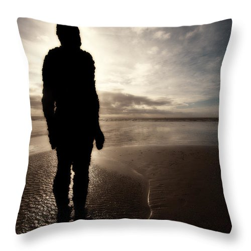 Antony Gormley Throw Pillow featuring the photograph Another Place Number Four by Meirion Matthias