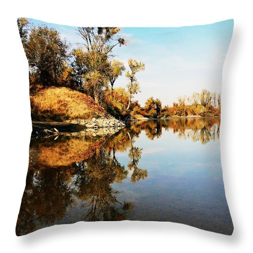 River Throw Pillow featuring the photograph At Rivers Bend by Pamela Patch