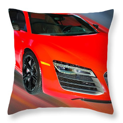 Audi Throw Pillow featuring the photograph Audi R8 V10 Plus Quattro Coupe 2014 by Dragan Kudjerski