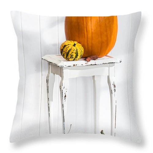Pumpkins Throw Pillow featuring the photograph Autumn Table by Amanda Elwell