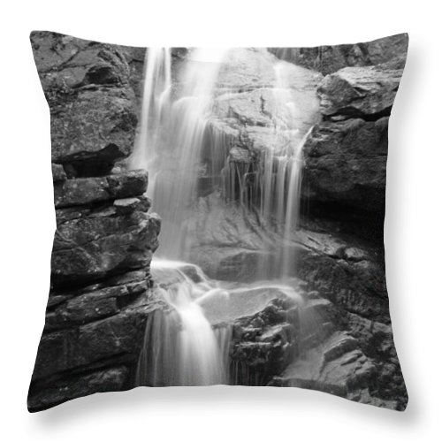 Waterfalls Throw Pillow featuring the photograph Avalanche Falls In Flume Gorge - Black And White by Kristen Mohr