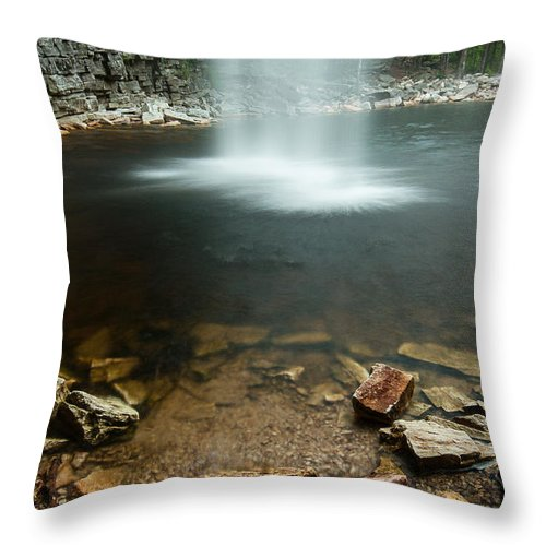 Cliff Throw Pillow featuring the photograph Awosting From The Heavens by JG Coleman