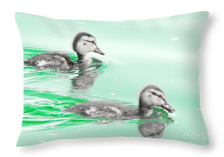 Baby Ducklings Photograph Throw Pillow featuring the photograph Baby Ducklings by Beverly Guilliams