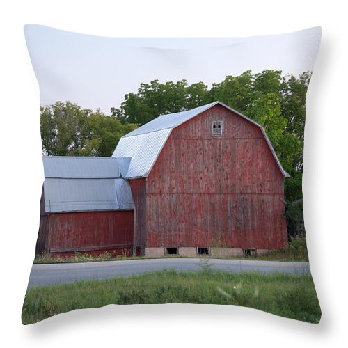 Michigan Throw Pillow featuring the photograph Barn On The Road by Linda Kerkau