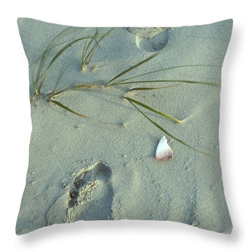 Foot Print Images Throw Pillow featuring the photograph Beach Combing by Cyril Furlan