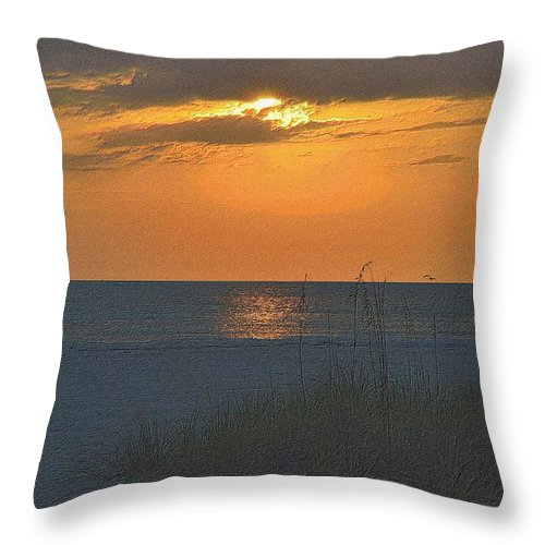 Florida Throw Pillow featuring the drawing Beachscape by Richard Zentner