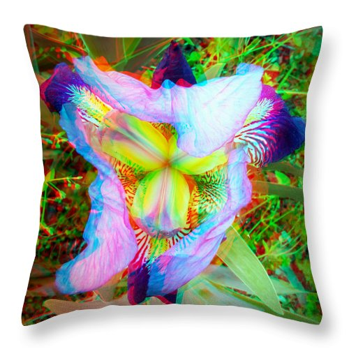 3d Throw Pillow featuring the photograph Bearded Iris Cultivar - Use Red-cyan 3d Glasses by Brian Wallace