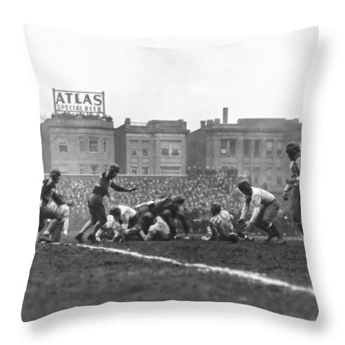 1933 Throw Pillow featuring the photograph Bears Are 1933 Nfl Champions by Underwood Archives