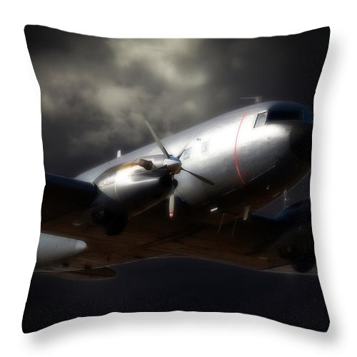 Douglas C-47 Dakota Throw Pillow featuring the photograph Beautiful Dakota by Paul Job